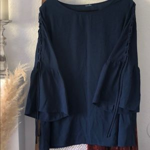 Navy fluted tie lace detail too